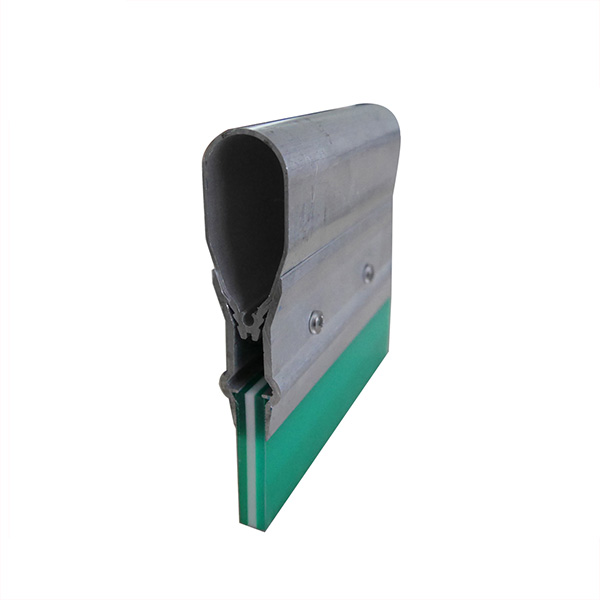 Triple Durometer Aluminum Handle With Squeegee