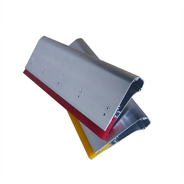 Ergo Force Aluminum Handle Squeegee operating.jpg